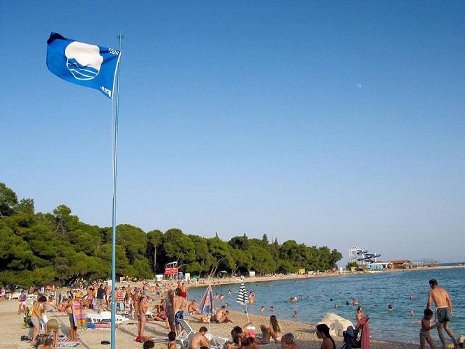 Drazica-Biograd, Kék Zászlós strand