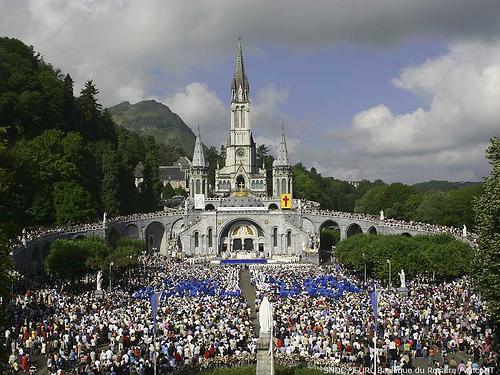 Lourdes, a zarándokhely