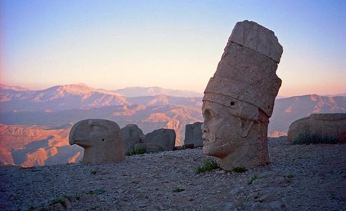 A Nemrut-hegy titkai