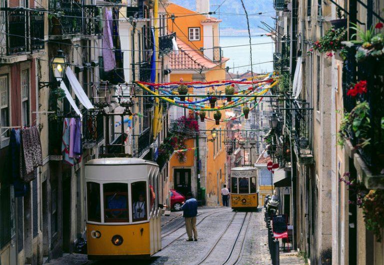 Bairro Alto az egyik legrégebbi városrésze Lisszabonnak