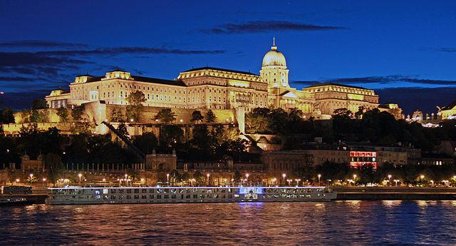 Budavári Palota
