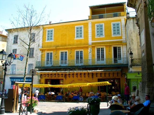 Arles - A Fórum tér