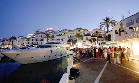 Marbella kikötője a híres Puerto Banús