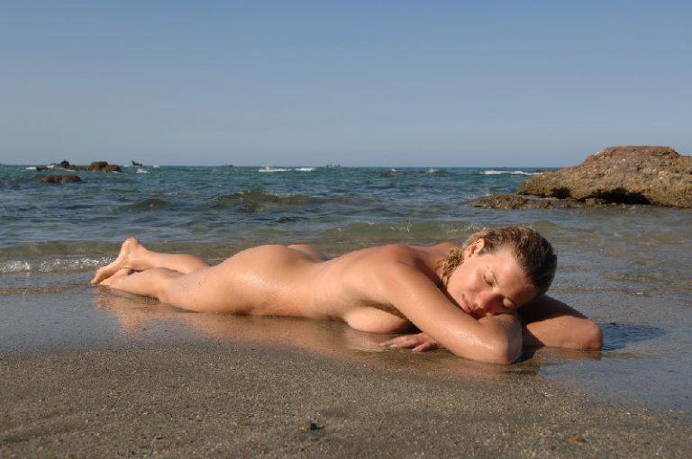 Nudizmus Franciaországban
