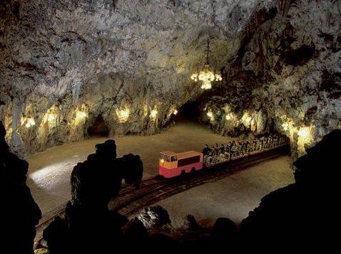 Postojna barlang