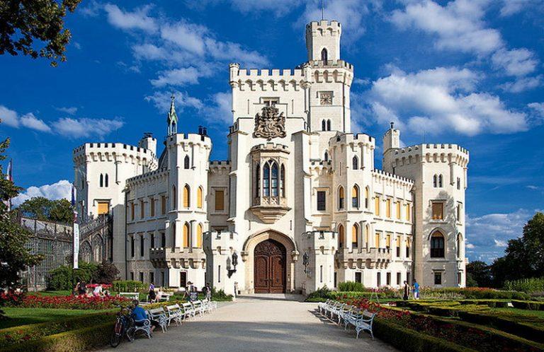 Hluboká nad Vltavou kastély