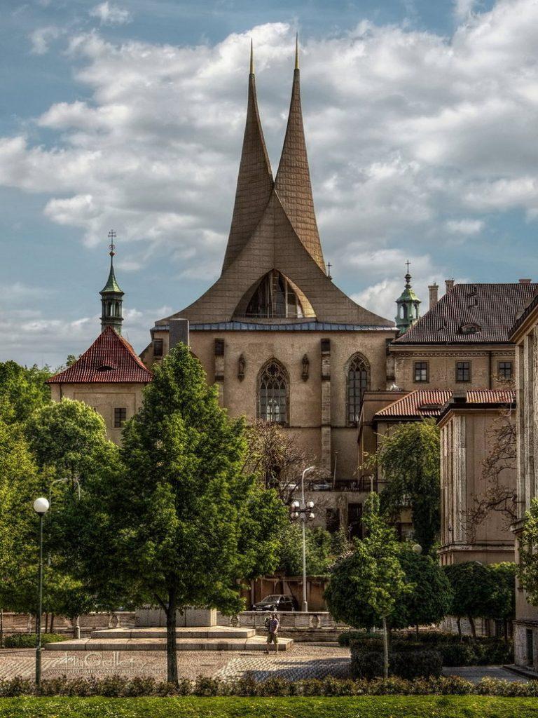 Emauzy kolostor