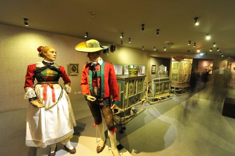 Tiroli Népművészeti Múzeum - Innsbruck