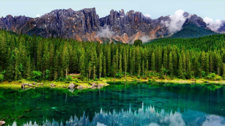 Carezza-tó