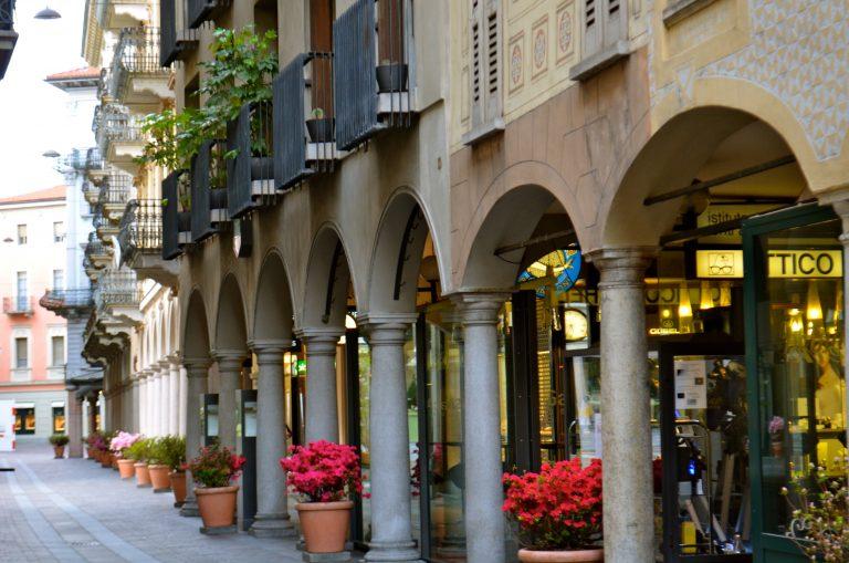 A Via Nassa Lugano legfőbb bevásárlóutcája