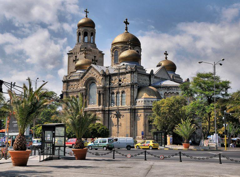 Mária Mennybemenetele katedrális, Várna