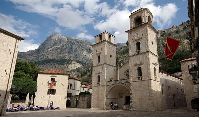 Szent Trifun katedrális, Kotor