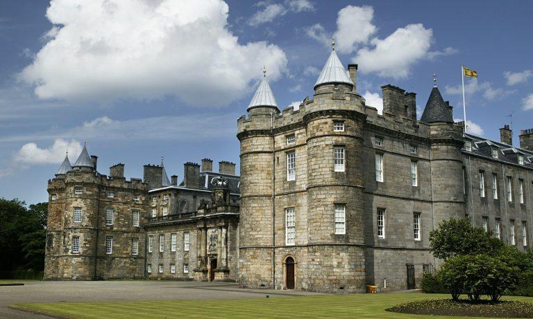Holyroodhouse-palota és Holyrood-apátság