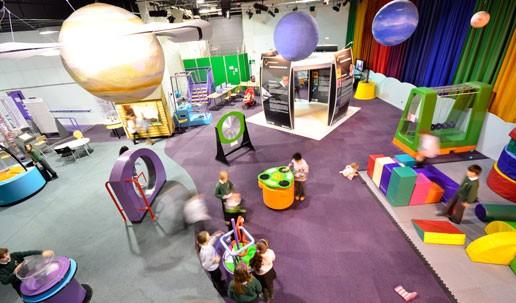 Satrosphere Tudományos Központ