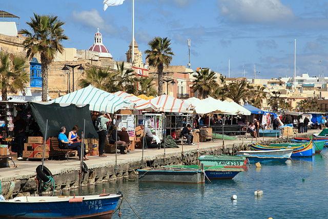 Marsaxlokki kikötő és piac