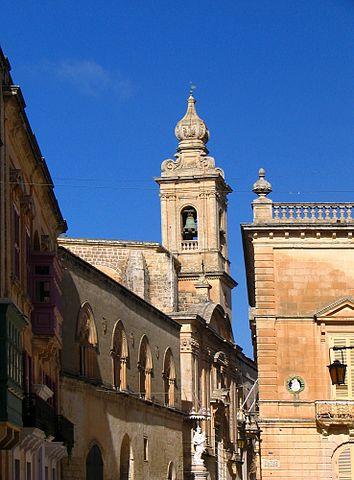 Karmelita kolostor